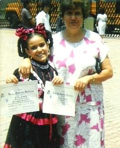 Sra. Lupita y Martha